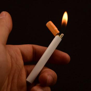 Сигарета Зажигалка